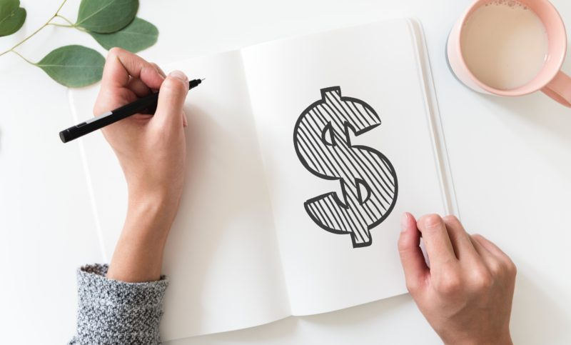 Planing out your living expenses for after having a baby is just as important as what you really need for the baby.  Have you started your Baby Registry? Made a financial plan for after baby arrives?  Here are some tips to get you started.