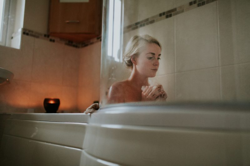Postpartum healing can be sped up by doing a number of things that encourage a speedy recovery.  A regular postpartum sitz bath is one of them.